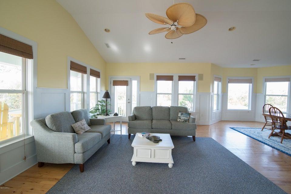South Harbour Village Real Estate - http://cdn.resize.sparkplatform.com/ncr/1024x768/true/20171214141937194377000000-o.jpg
