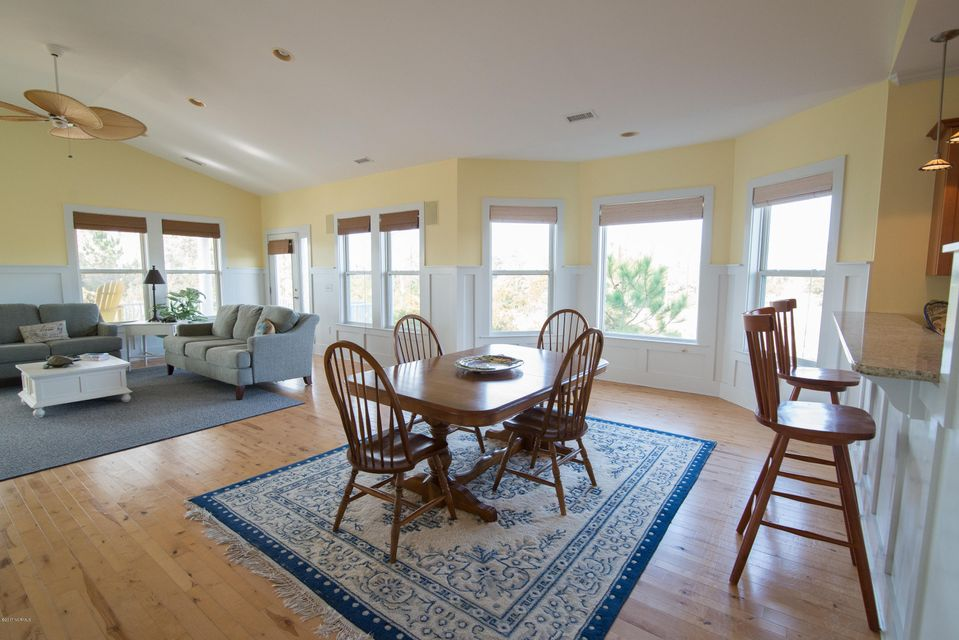 South Harbour Village Real Estate - http://cdn.resize.sparkplatform.com/ncr/1024x768/true/20171214141944687567000000-o.jpg