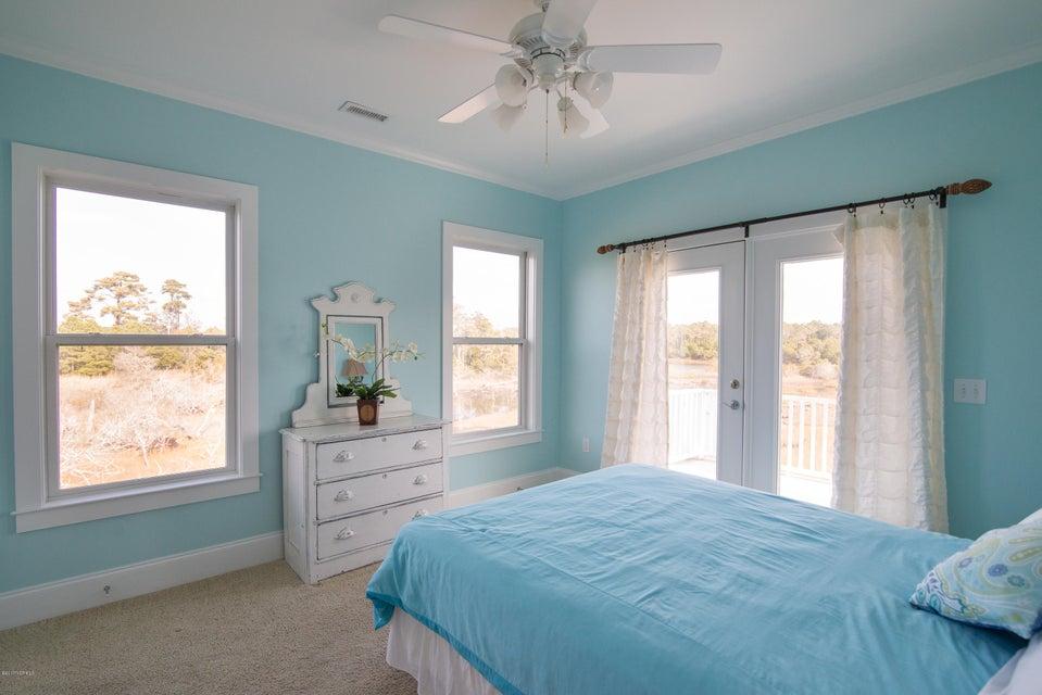 South Harbour Village Real Estate - http://cdn.resize.sparkplatform.com/ncr/1024x768/true/20171214142051851690000000-o.jpg