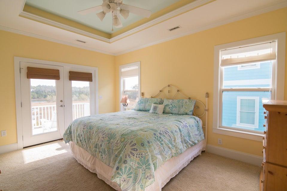 South Harbour Village Real Estate - http://cdn.resize.sparkplatform.com/ncr/1024x768/true/20171214142101051949000000-o.jpg