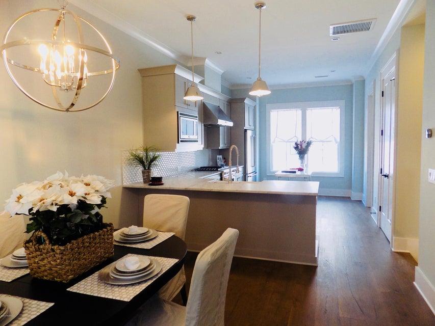 Riverlights Marina Village Real Estate - http://cdn.resize.sparkplatform.com/ncr/1024x768/true/20171214194731176405000000-o.jpg