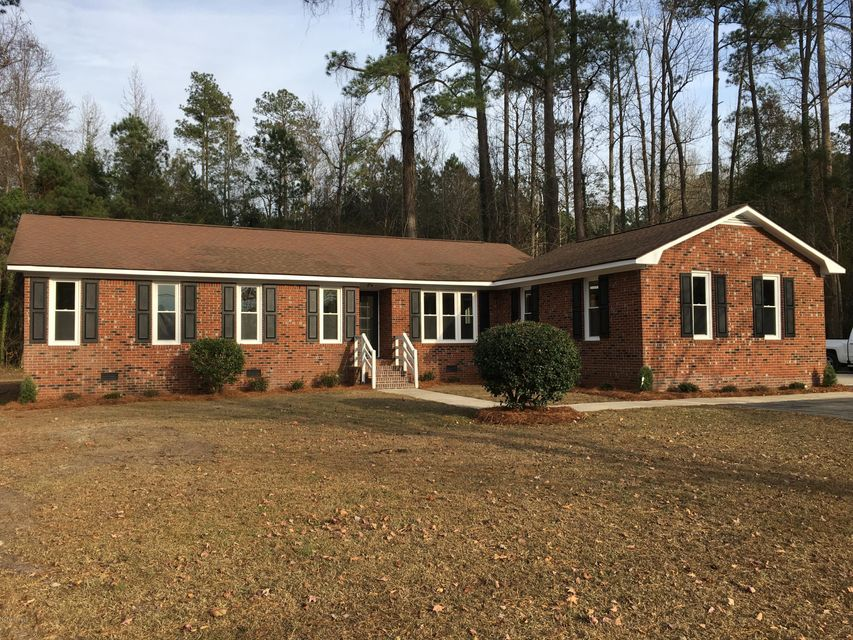3408 Old Cherry Point Road,New Bern,North Carolina,3 Bedrooms Bedrooms,7 Rooms Rooms,2 BathroomsBathrooms,Single family residence,Old Cherry Point,100093706