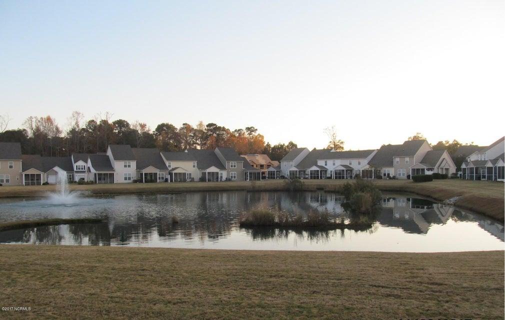 Beacon Townes Real Estate - http://cdn.resize.sparkplatform.com/ncr/1024x768/true/20171217030906542637000000-o.jpg