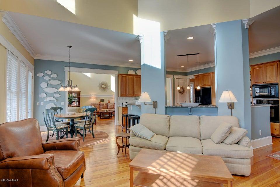 Waterford of the Carolinas Real Estate - http://cdn.resize.sparkplatform.com/ncr/1024x768/true/20171219134613065144000000-o.jpg