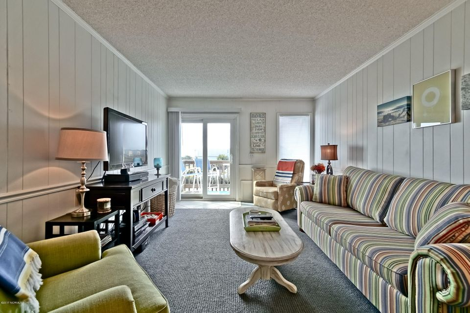 A Place At The Beach Real Estate - http://cdn.resize.sparkplatform.com/ncr/1024x768/true/20171220151420777695000000-o.jpg
