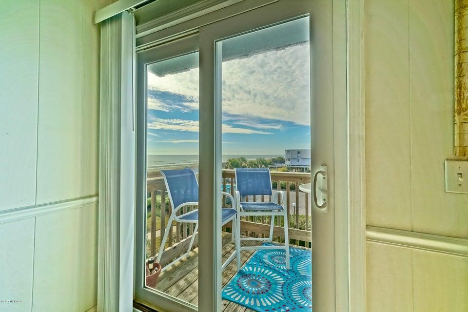 A Place At The Beach Real Estate - http://cdn.resize.sparkplatform.com/ncr/1024x768/true/20171220151425767140000000-o.jpg