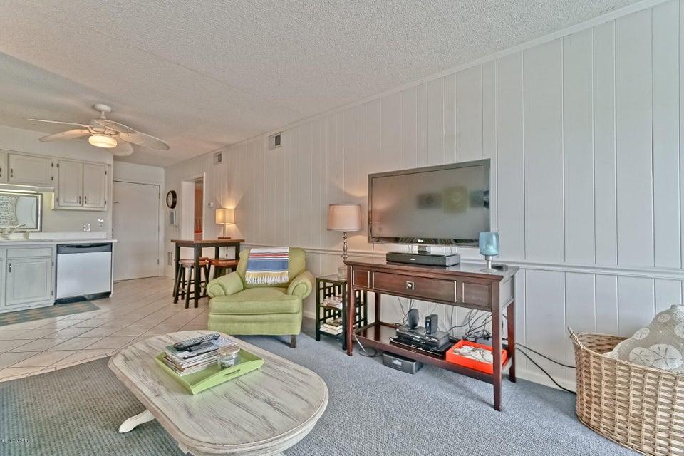 A Place At The Beach Real Estate - http://cdn.resize.sparkplatform.com/ncr/1024x768/true/20171220151435707698000000-o.jpg
