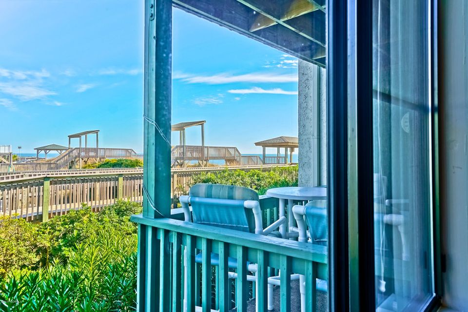 A Place@The Beach II Real Estate - http://cdn.resize.sparkplatform.com/ncr/1024x768/true/20171220152605123540000000-o.jpg