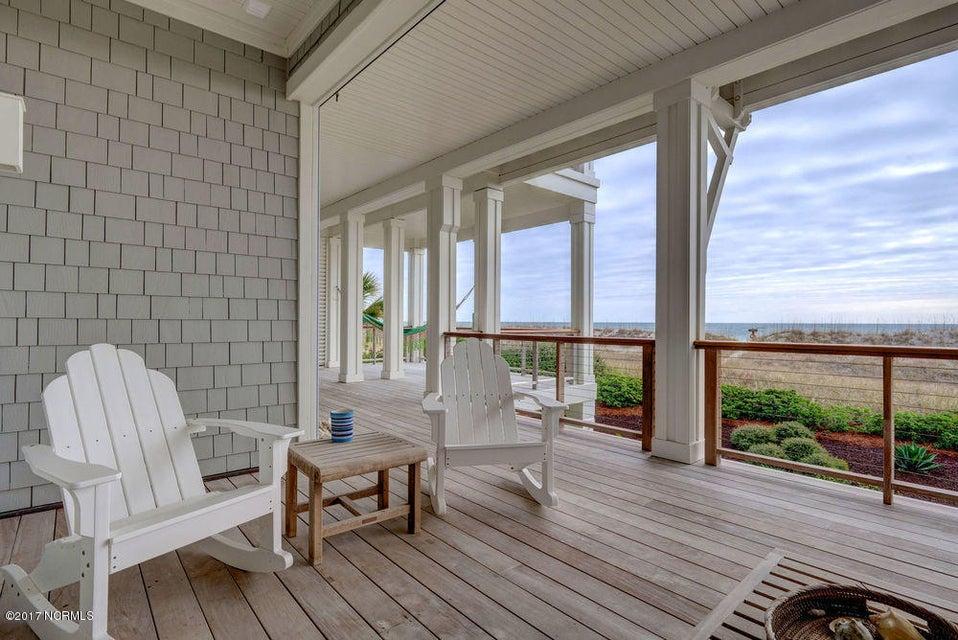Figure Eight Island Real Estate - http://cdn.resize.sparkplatform.com/ncr/1024x768/true/20171222203607433656000000-o.jpg