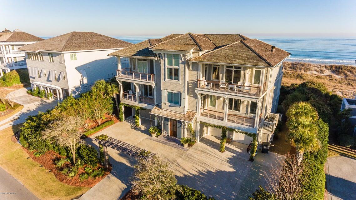 Figure Eight Island Real Estate - http://cdn.resize.sparkplatform.com/ncr/1024x768/true/20171222204925077616000000-o.jpg