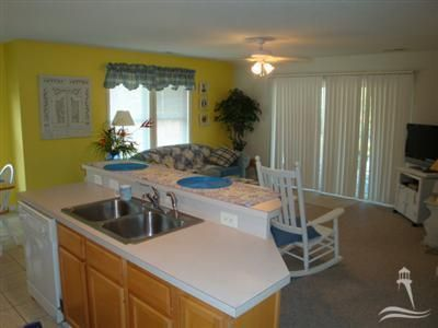 St James Real Estate - http://cdn.resize.sparkplatform.com/ncr/1024x768/true/20171229151329534348000000-o.jpg