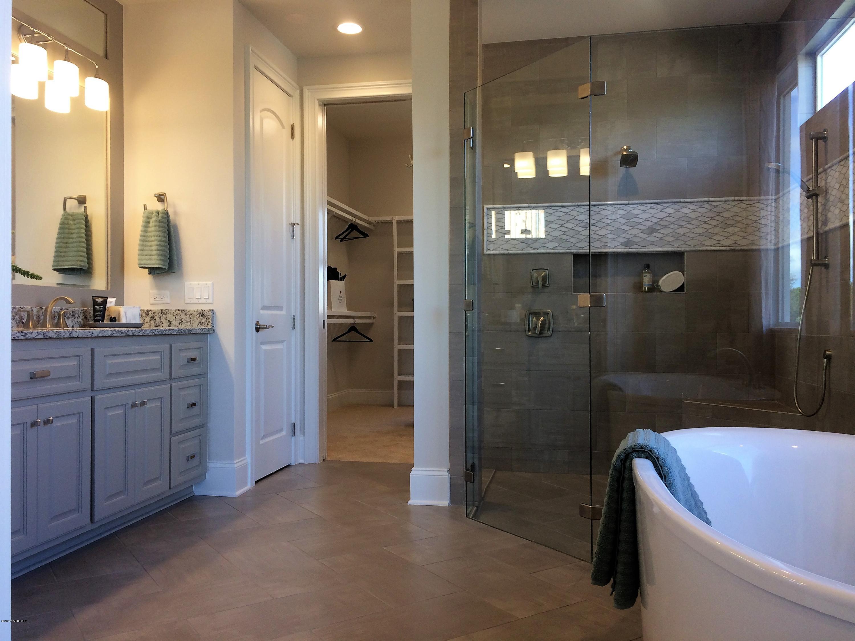 St James Real Estate - http://cdn.resize.sparkplatform.com/ncr/1024x768/true/20171229163618900221000000-o.jpg