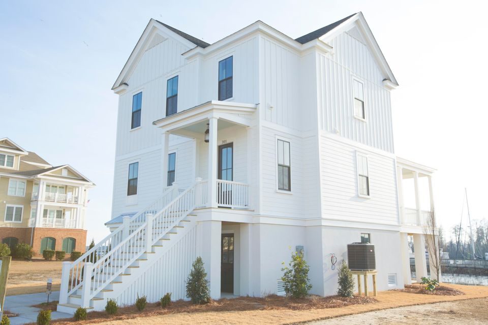 Property for sale at 301 Moss Way Unit: Lot # 36, Washington,  NC 27889