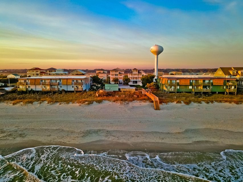 A Place@The Beach II Real Estate - http://cdn.resize.sparkplatform.com/ncr/1024x768/true/20180102194453465569000000-o.jpg