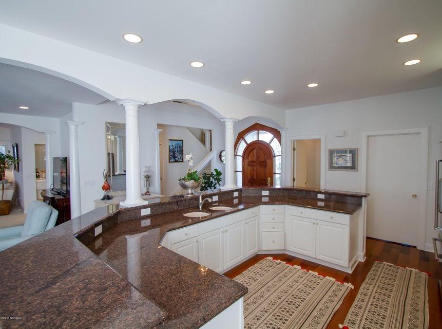 Parmele Isle Real Estate - http://cdn.resize.sparkplatform.com/ncr/1024x768/true/20180102204337944404000000-o.jpg
