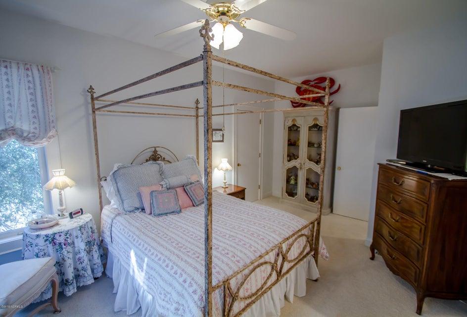 Parmele Isle Real Estate - http://cdn.resize.sparkplatform.com/ncr/1024x768/true/20180102204428137564000000-o.jpg