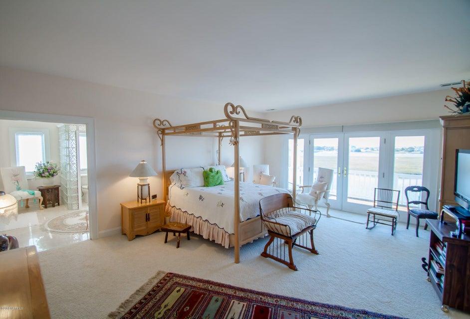 Parmele Isle Real Estate - http://cdn.resize.sparkplatform.com/ncr/1024x768/true/20180102204443330429000000-o.jpg