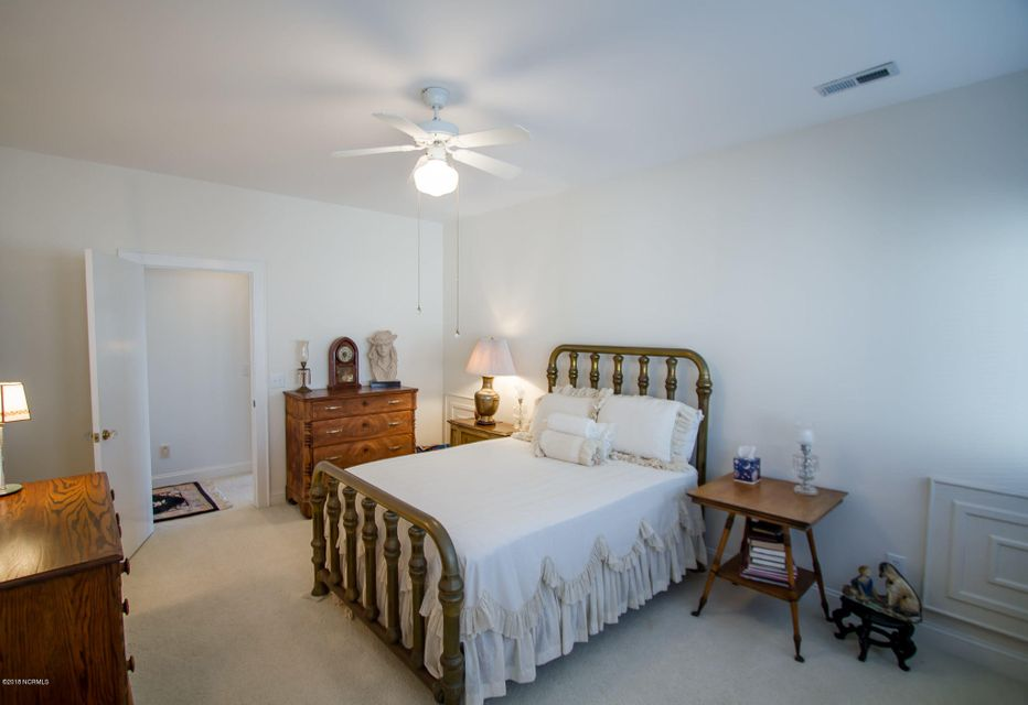 Parmele Isle Real Estate - http://cdn.resize.sparkplatform.com/ncr/1024x768/true/20180102204504770573000000-o.jpg
