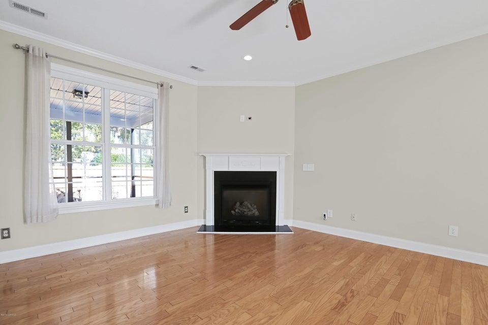 Waterford of the Carolinas Real Estate - http://cdn.resize.sparkplatform.com/ncr/1024x768/true/20180103212351318656000000-o.jpg