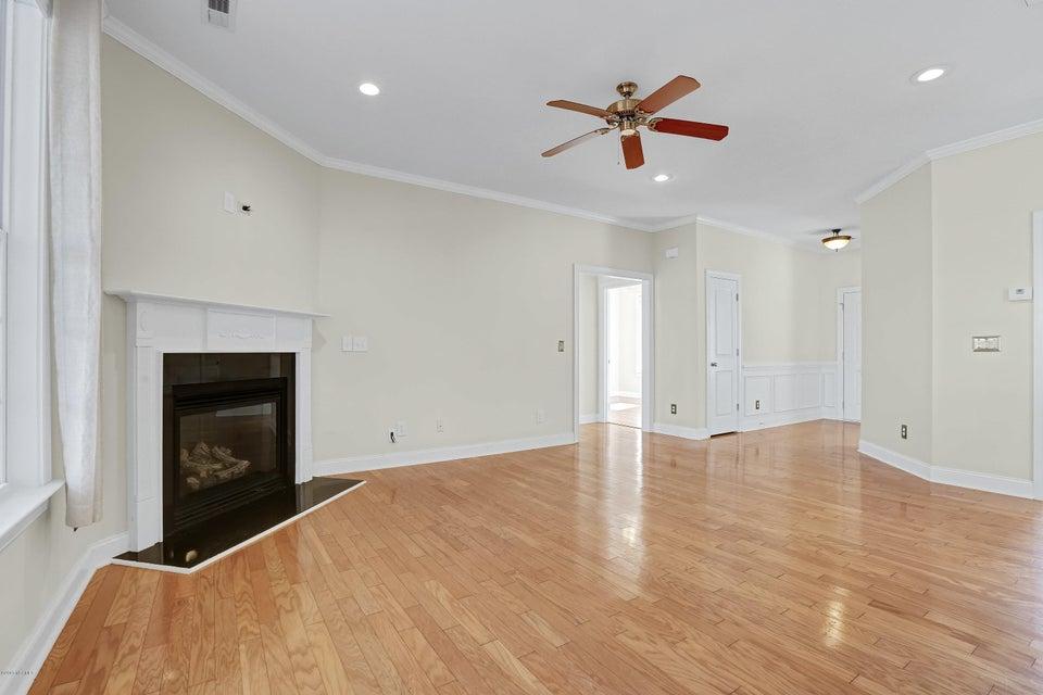 Waterford of the Carolinas Real Estate - http://cdn.resize.sparkplatform.com/ncr/1024x768/true/20180103212357326627000000-o.jpg