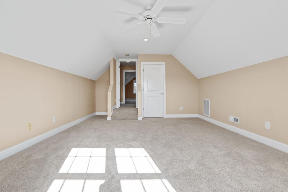 Waterford of the Carolinas Real Estate - http://cdn.resize.sparkplatform.com/ncr/1024x768/true/20180103212503723232000000-o.jpg