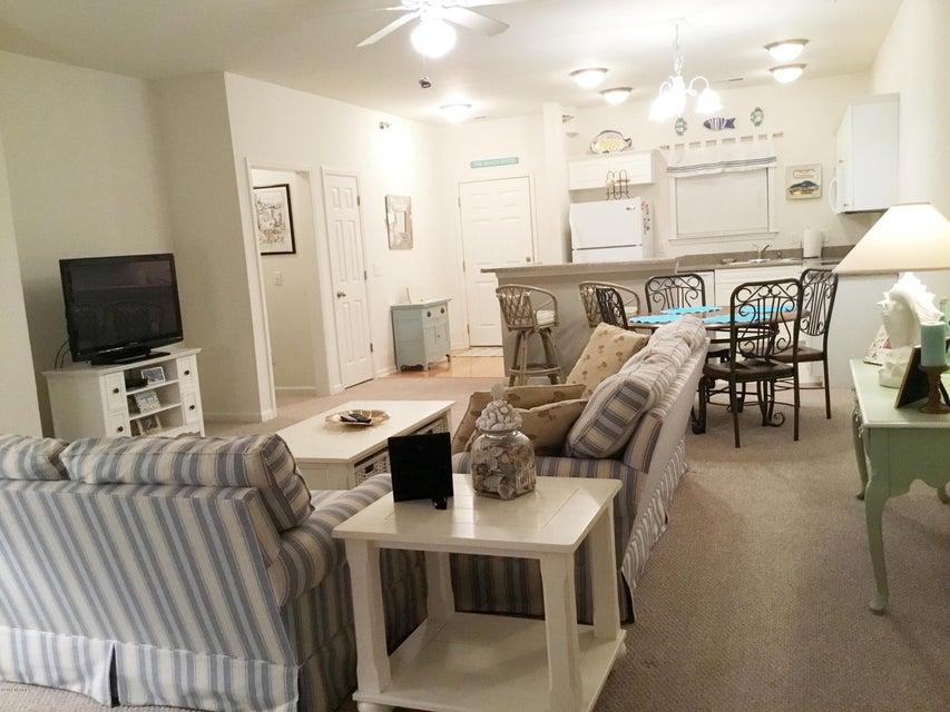 South Harbour Village Real Estate - http://cdn.resize.sparkplatform.com/ncr/1024x768/true/20180104010903846510000000-o.jpg