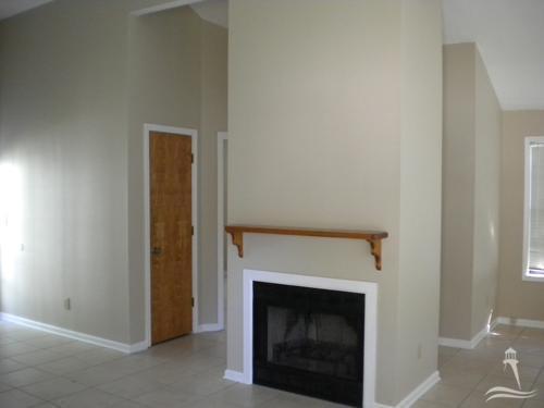 Hidden Valley Real Estate - http://cdn.resize.sparkplatform.com/ncr/1024x768/true/20180104201038056834000000-o.jpg