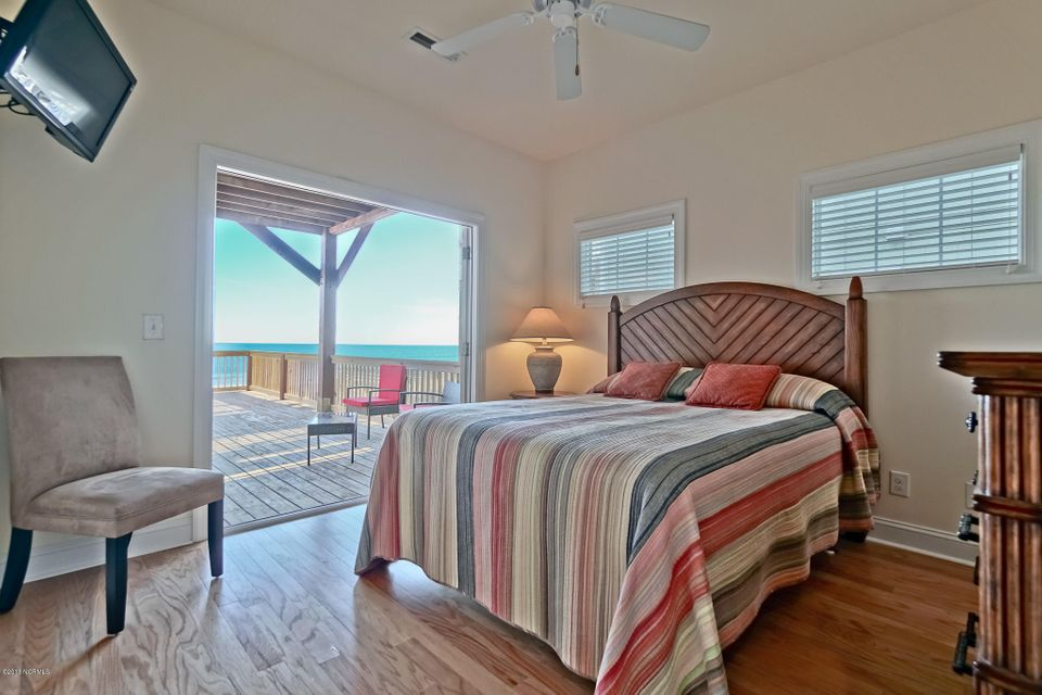 West Ocean Palms Real Estate - http://cdn.resize.sparkplatform.com/ncr/1024x768/true/20180105151250604933000000-o.jpg