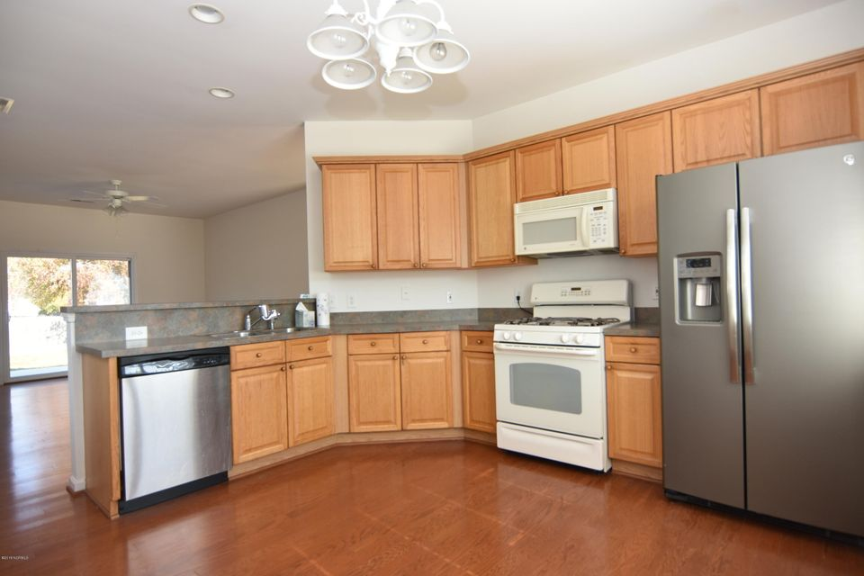 Westgate Real Estate - http://cdn.resize.sparkplatform.com/ncr/1024x768/true/20180108152051408212000000-o.jpg