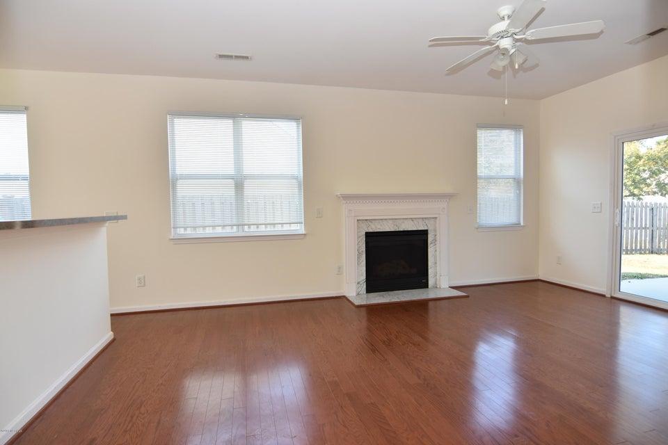 Westgate Real Estate - http://cdn.resize.sparkplatform.com/ncr/1024x768/true/20180108152507839156000000-o.jpg