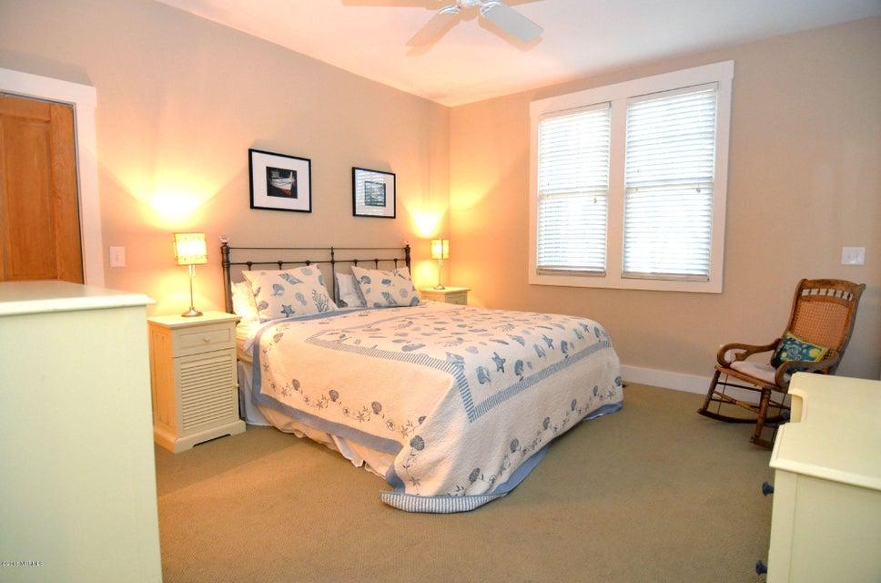BHI (Bald Head Island) Real Estate - http://cdn.resize.sparkplatform.com/ncr/1024x768/true/20180110200342106405000000-o.jpg