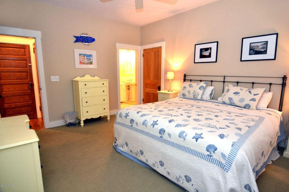 BHI (Bald Head Island) Real Estate - http://cdn.resize.sparkplatform.com/ncr/1024x768/true/20180110200343476061000000-o.jpg
