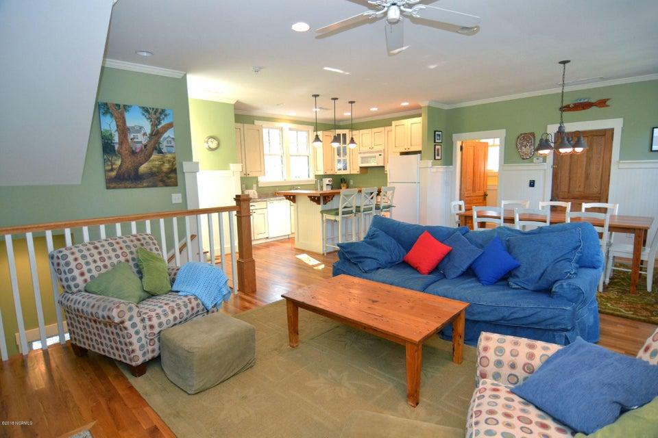 BHI (Bald Head Island) Real Estate - http://cdn.resize.sparkplatform.com/ncr/1024x768/true/20180110200402765821000000-o.jpg