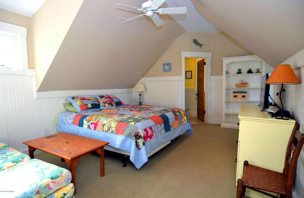 BHI (Bald Head Island) Real Estate - http://cdn.resize.sparkplatform.com/ncr/1024x768/true/20180110200407156894000000-o.jpg