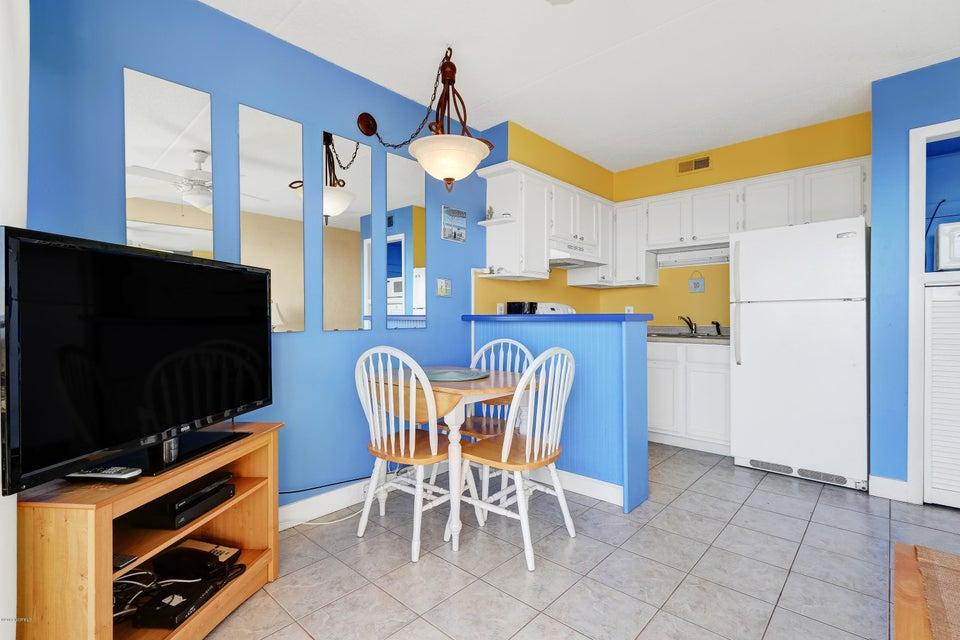 Cabana De Mar Real Estate - http://cdn.resize.sparkplatform.com/ncr/1024x768/true/20180111170128145524000000-o.jpg