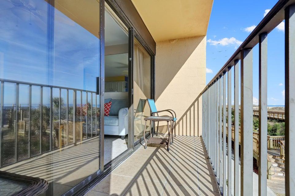 Cabana De Mar Real Estate - http://cdn.resize.sparkplatform.com/ncr/1024x768/true/20180111170146083240000000-o.jpg