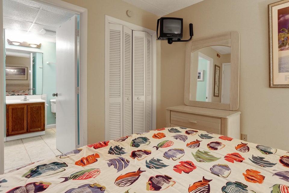Cabana De Mar Real Estate - http://cdn.resize.sparkplatform.com/ncr/1024x768/true/20180111170154425349000000-o.jpg