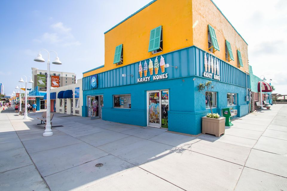 Cabana De Mar Real Estate - http://cdn.resize.sparkplatform.com/ncr/1024x768/true/20180111175407136298000000-o.jpg