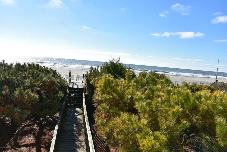 Robinson Beach Real Estate - http://cdn.resize.sparkplatform.com/ncr/1024x768/true/20180113163120033224000000-o.jpg