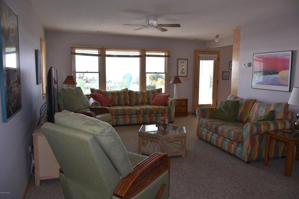 Robinson Beach Real Estate - http://cdn.resize.sparkplatform.com/ncr/1024x768/true/20180113163243902306000000-o.jpg