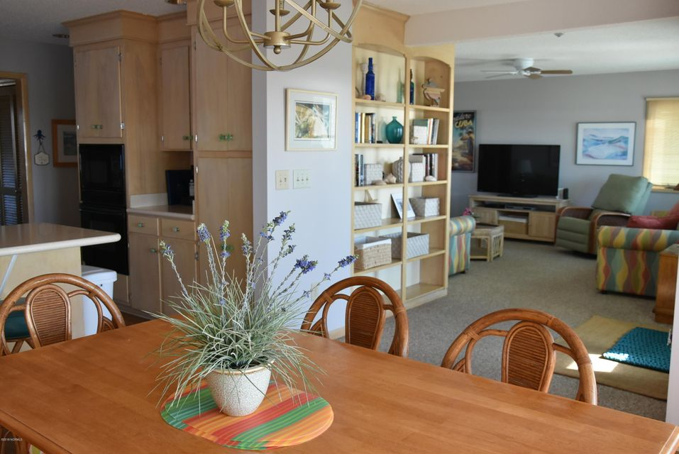 Robinson Beach Real Estate - http://cdn.resize.sparkplatform.com/ncr/1024x768/true/20180113163341085208000000-o.jpg
