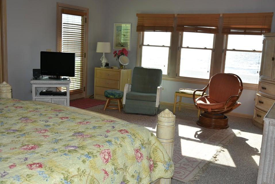 Robinson Beach Real Estate - http://cdn.resize.sparkplatform.com/ncr/1024x768/true/20180113163434175339000000-o.jpg