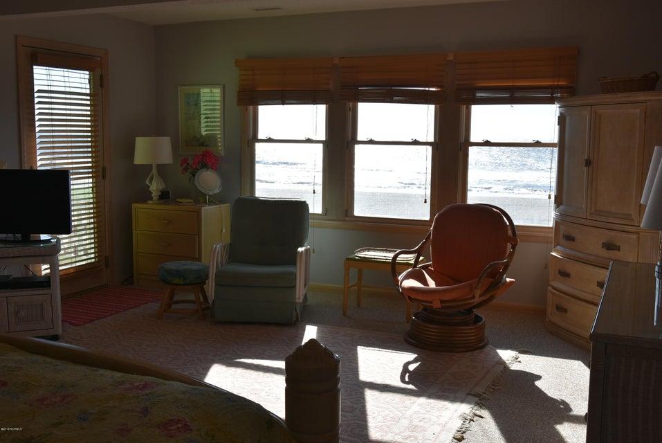 Robinson Beach Real Estate - http://cdn.resize.sparkplatform.com/ncr/1024x768/true/20180113163445646209000000-o.jpg