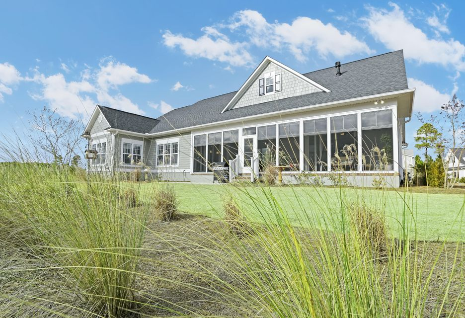 Brunswick Forest Real Estate - http://cdn.resize.sparkplatform.com/ncr/1024x768/true/20180116162430430692000000-o.jpg