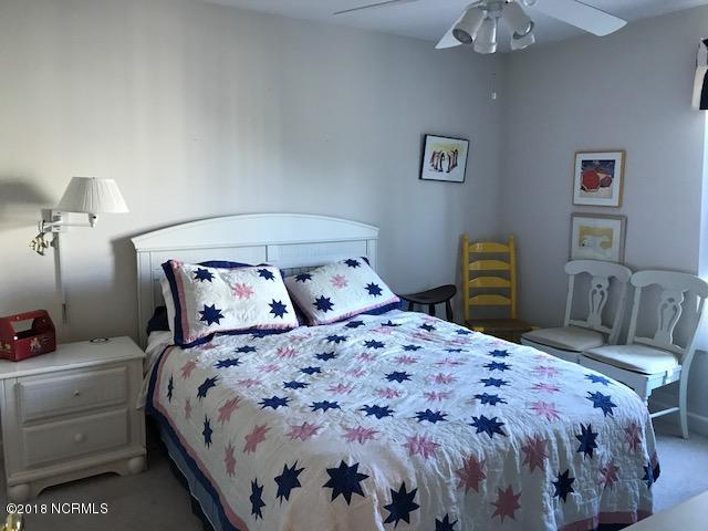 The Village at Southport Real Estate - http://cdn.resize.sparkplatform.com/ncr/1024x768/true/20180117195614275564000000-o.jpg