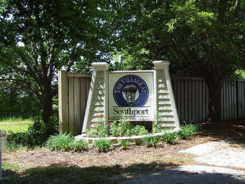 The Village at Southport Real Estate - http://cdn.resize.sparkplatform.com/ncr/1024x768/true/20180117210544464540000000-o.jpg