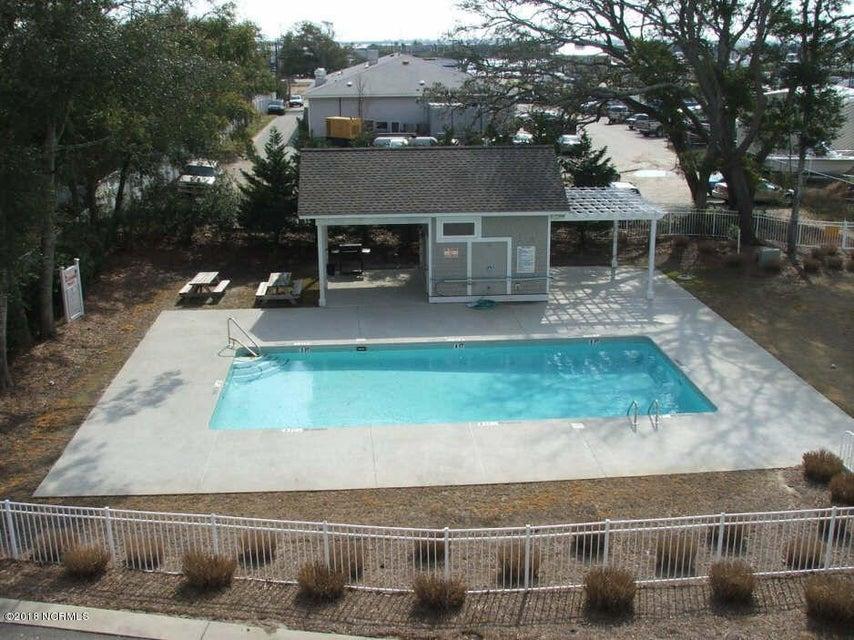 The Village at Southport Real Estate - http://cdn.resize.sparkplatform.com/ncr/1024x768/true/20180117210610327825000000-o.jpg