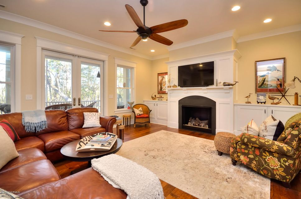 Seawatch @ Sunset Harbor Real Estate - http://cdn.resize.sparkplatform.com/ncr/1024x768/true/20180117210908489177000000-o.jpg