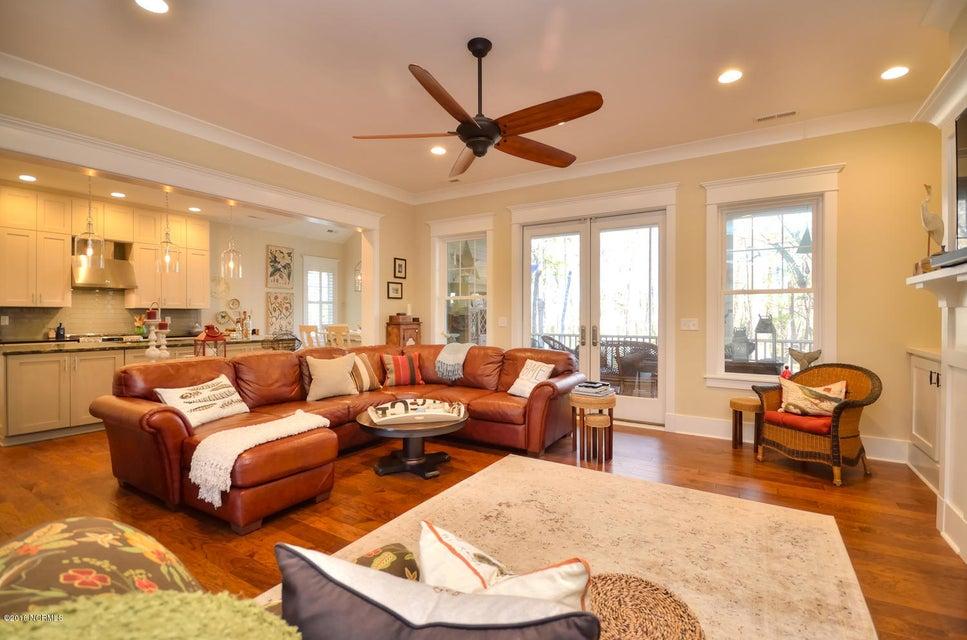 Seawatch @ Sunset Harbor Real Estate - http://cdn.resize.sparkplatform.com/ncr/1024x768/true/20180117210910454355000000-o.jpg