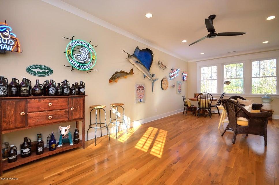 Seawatch @ Sunset Harbor Real Estate - http://cdn.resize.sparkplatform.com/ncr/1024x768/true/20180117210942882141000000-o.jpg